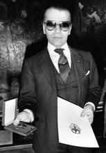 Karl Lagerfeld, 1985