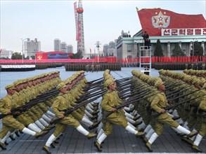 Pyongyang. Défilé militaire