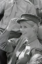 """Brigitte Bardot sur le tournage de """"Babette s'en va en guerre"""""""