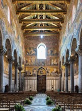 Monreale, Duomo: view of the nave and the counterfaçade