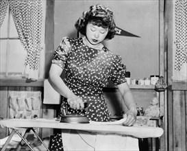 woman, Manzanar War Relocation Center, Japanese-American, World War II, historical,
