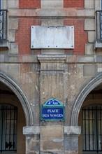 Place Des Vosges, Maison De Victor Hugo