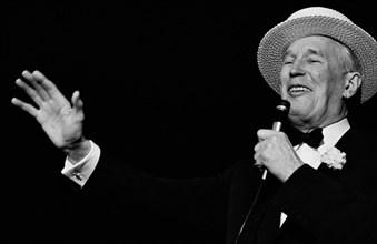 Maurice Chevalier, 1965