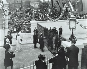 The Prince of Wales officially opening the Rotherhithe Tunnel, Bermondsey, London, 1908. Artist: Unknown.