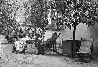 Henri de Toulouse-Lautrec, French Post-Impressionist painter, 1897. Artist: Unknown