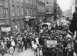 Crowds outside Middlesex Hospital and the ambulance with Sir Winston Churchill, 1962. Artist: Unknown