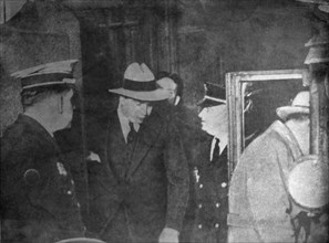 Al Capone, American gangster, being arrested, c1926-1931. Artist: Unknown