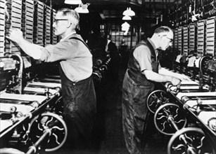 Ben Walton's lace factory, Garden Lane. Nottingham, Nottinghamshire, c1930s. Artist: Unknown