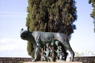 Statue of the She-wolf nursing Romulus and Remus, Tarragona, Catalonia, Spain, 2007. Artist: Samuel Magal