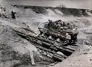 A Sexton SP gun crossing the Senio River, Italy, April 1945. Artist: Unknown