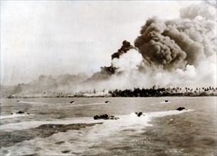 Australian 7th Division Infantry landing at Balikpapan, Borneo, November 1945. Artist: Unknown