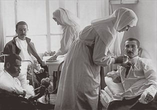 Hospital of the Community of the Nursing of the Protection of the Theotokos Sisters in Petrograd, 1914-1916.