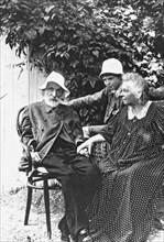 Pierre-Auguste und Aline Renoir, Les Collettes at Cagnes Artist: Anonymous