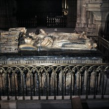 Tomb of Charles III of Navarre and his wife Eleanor of Castile in the Pamplona Cathedral.