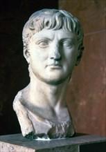 Germanicus (Julius Caesar Augustus or Tiberius Claudius Nero) (15 a.C. - 19 d.BC), Roman general.