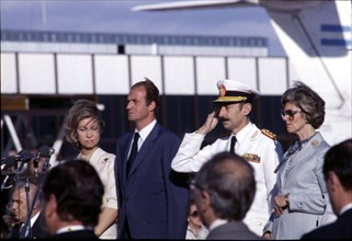 Juan Carlos I, King of Spain, during his visit to Argentina, reception with President Jorge Videl?