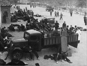 Spanish Civil War 1936-39. Madrid, Red Cross post with doctors and nurses, in a city street, Dece?