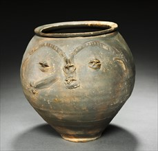 Face Urn, 25-50. Creator: Unknown.
