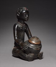 Female Bowl-Bearing Figure, late 1800s-early 1900s. Creator: Unknown.