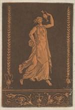 Jeune femme drapée, marchant de gauche à droit, portant un vase de métal