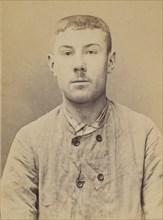 Leger. Joseph. 16 ans, né à Marseille (Bouches-du-Rhône). Jardinier. Fabrication d'engins explosifs. 4/7/94. , 1894.