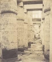 Karnak (Thèbes), Palais - Salle Hypostyle - Fenêtre et Chapiteaux des Galleries Latérales, 1851-52, printed 1853-54.