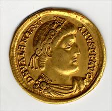 Gold Solidus of Valentinian I (364-75), Byzantine, 364-375.