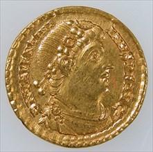 Gold Solidus of Emperor Valentinian I (r. 364-75), Byzantine, 364-375.