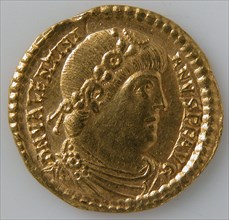 Solidus of Valentinian I (r. 364-375), Byzantine, 364-75.