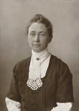 Hilma af Klint , 1910s. Found in the collection of Courtesy of Stiftelsen Hilma af Klints Verk.