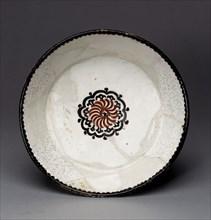 Bowl with Rosette, present-day Uzbekistan, 10th century.