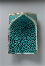 Tile from a Squinch, present-day Uzbekistan, second half 14th century.
