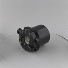 Indicator, Carbon Monoxide, 1943.. Creator: Cambridge Instrument Company.