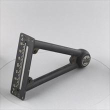 Inclinometer, Japanese Navy, Model-2. Creator: Tokyo Aeronautical Instruments Company.