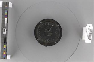 Simple Altimeter, Type G. Creator: Neko Co.