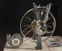Clement V-2 Engine, 1903. Creator: Clément-Bayard.