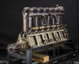 Union Type 2-6, In-line 6 Engine, ca. 1917. Creator: Union Gas Engine Company.
