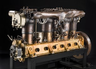Maybach In-line 6 Engine, ca. 1916-1917. Creator: Maybach Motorenbau.