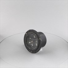 Indicator, Oil Pressure, MK D.D.. Creator: J. W. Benson Ltd..