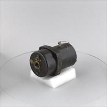 Transmitter, Dual Oil Pressure,B-9, B-9A. Creators: Bendix Aviation, Pioneer Instrument Company.