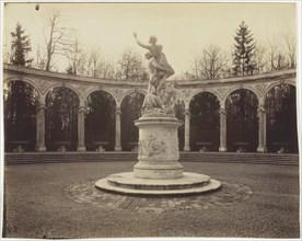 Versailles, Bosquet de la Colonnade, 1904. Creator: Eugene Atget.