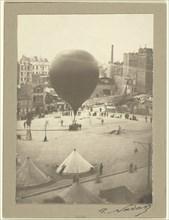 Le Neptune, Place Saint-Pierre à Montmartre, September 23, 1870. Creator: Nadar.