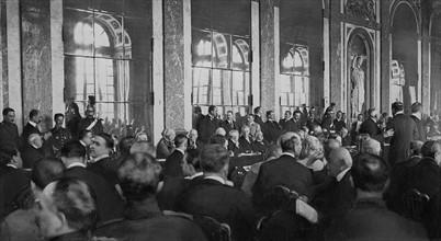 Signature du Traité de Versailles le 28 juin 1919