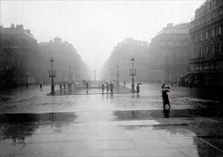 1er mai 1919 à Paris, sous la pluie