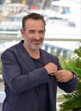 """Photocall du film """"OSS 117 : Alerte Rouge en Afrique Noire"""", Festival de Cannes 2021"""