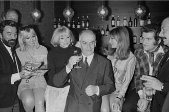 Georges Géret, Mylène Demongeot, Mireille Darc, Louis de Funès, Olga Georges-Picot, Eddy Mitchell