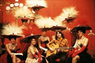 Antoine et les Bluebell Girls du Lido, Paris, avril 1966 par Jean-Marie Périer