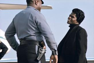 James Brown à l'aéroport de Long Island