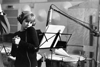 Sylvie Vartan en studio de répétition