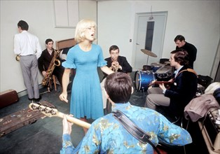 Sylvie Vartan en studio